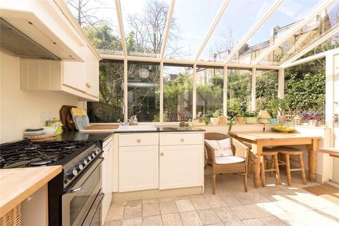 2 bedroom flat for sale - Hemingford Road, Islington, London, N1