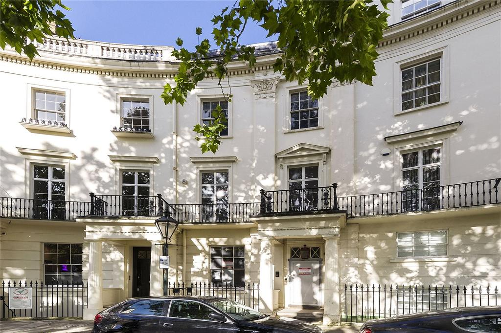 Terraced House for sale in Brompton Square, London, SW3