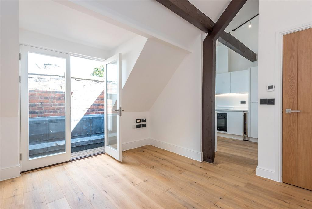 1 Bedroom Flat for sale in Parkhurst Road, London, N7