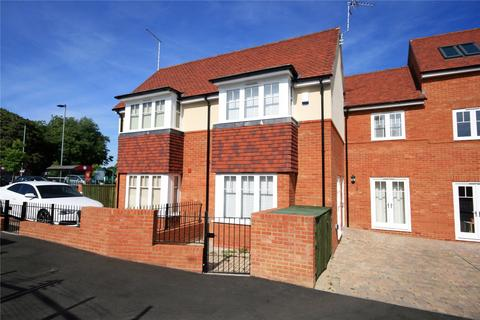 2 bedroom semi-detached house to rent - Town Lane, Marlow, Buckinghamshire, SL7