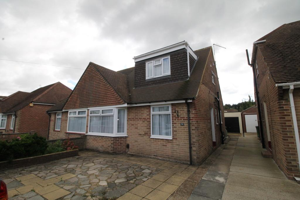4 Bedrooms Semi Detached Bungalow for sale in Orchard Grove, Portchester