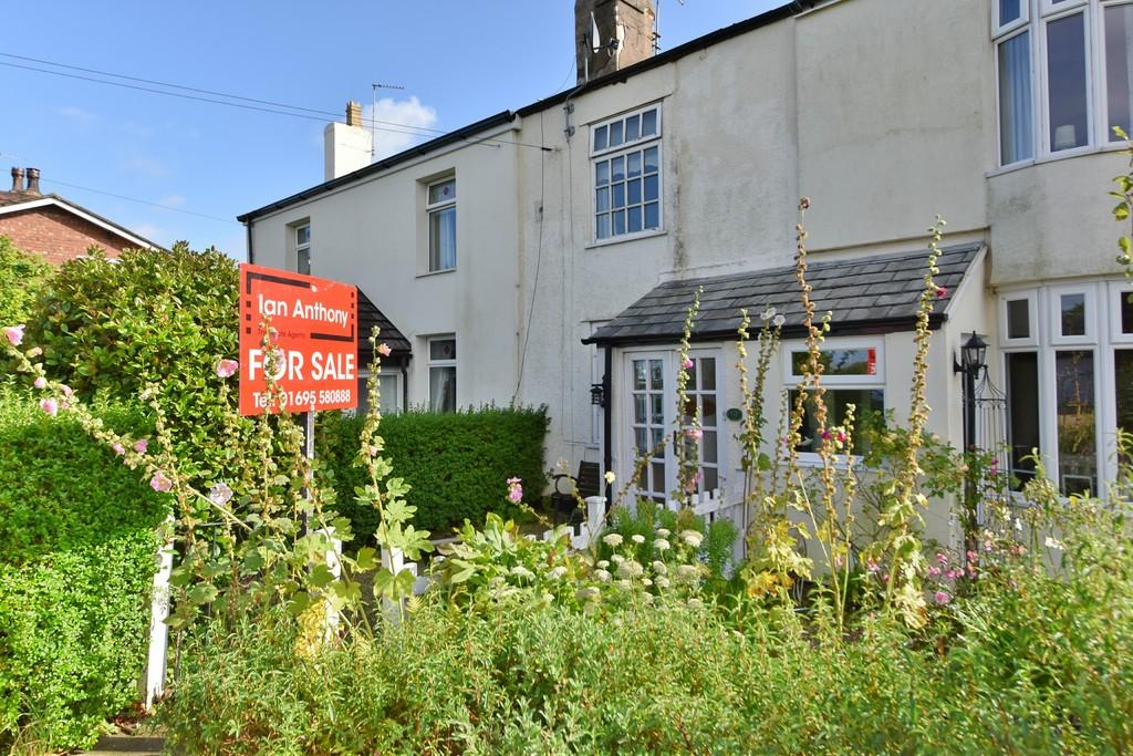 2 Bedrooms Cottage House for sale in Ormskirk Old Road, Bickerstaffe