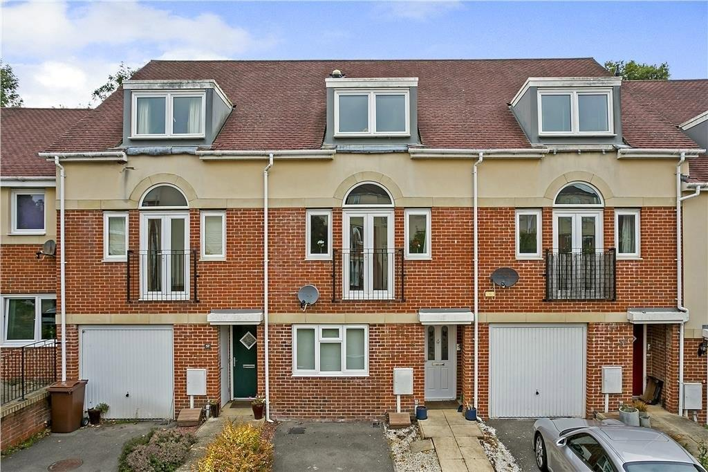 4 Bedrooms Terraced House for sale in Addison Road, Tunbridge Wells