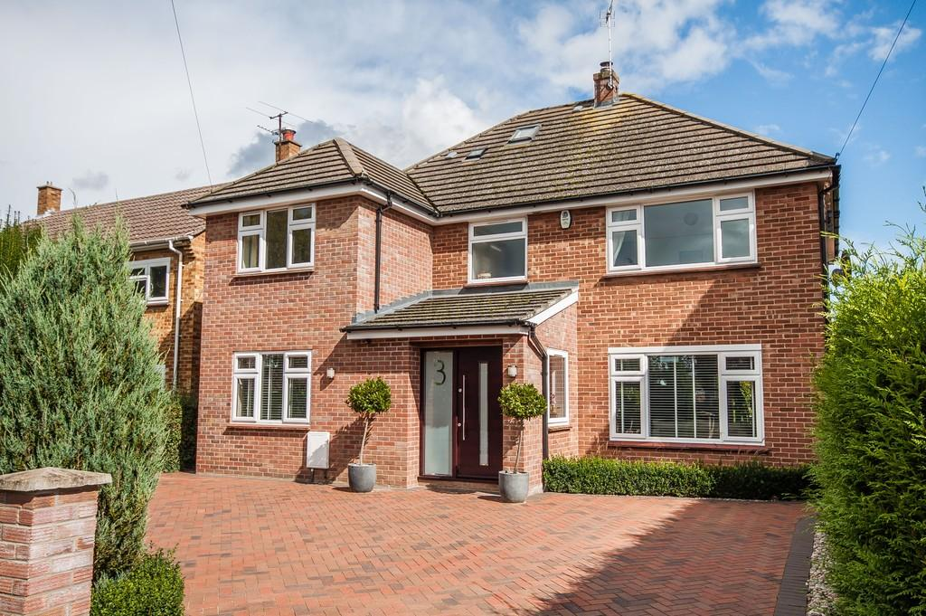 5 Bedrooms Detached House for sale in Herons Close, Cambridge