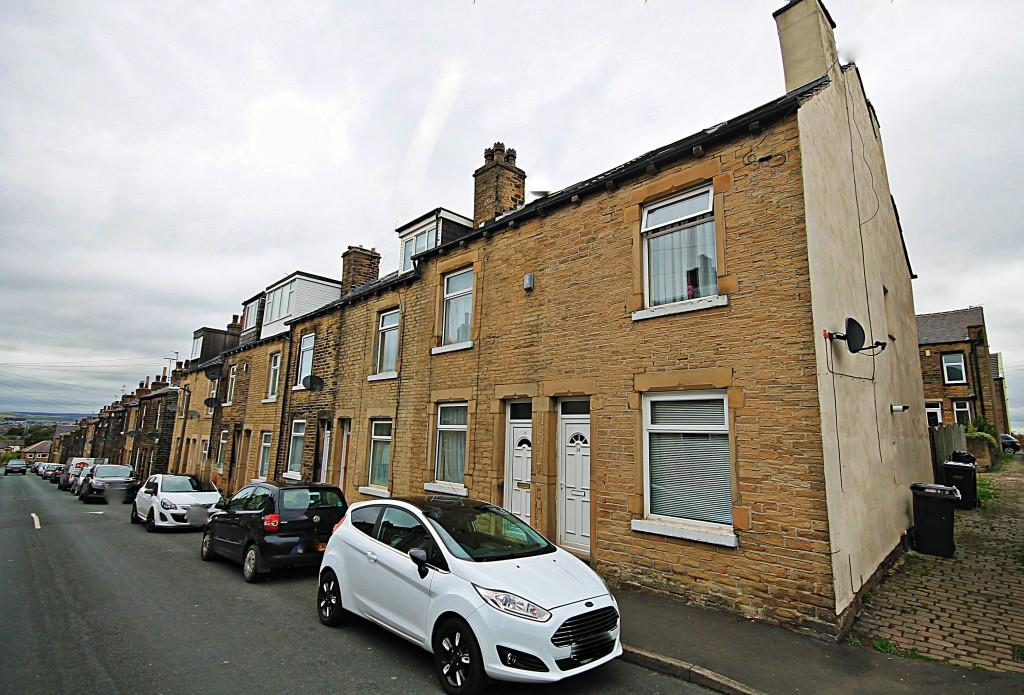 2 Bedrooms Terraced House for sale in Mount Street, Eccleshill
