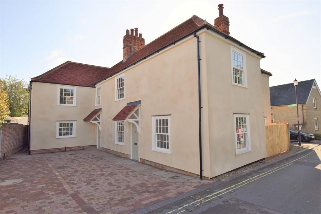 3 Bedrooms Semi Detached House for sale in Quay Lane, Sudbury CO10 2GA