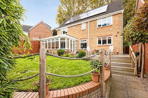 6 bedroom detached house to rent - Church View, Wadsley Park Village, Sheffield