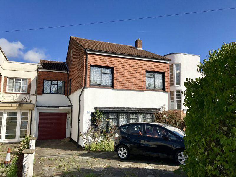 4 Bedrooms Semi Detached House for sale in The Drive, Bexley