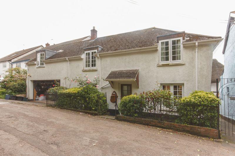 4 Bedrooms Detached House for sale in Rose Cottage, Zeal Monachorum