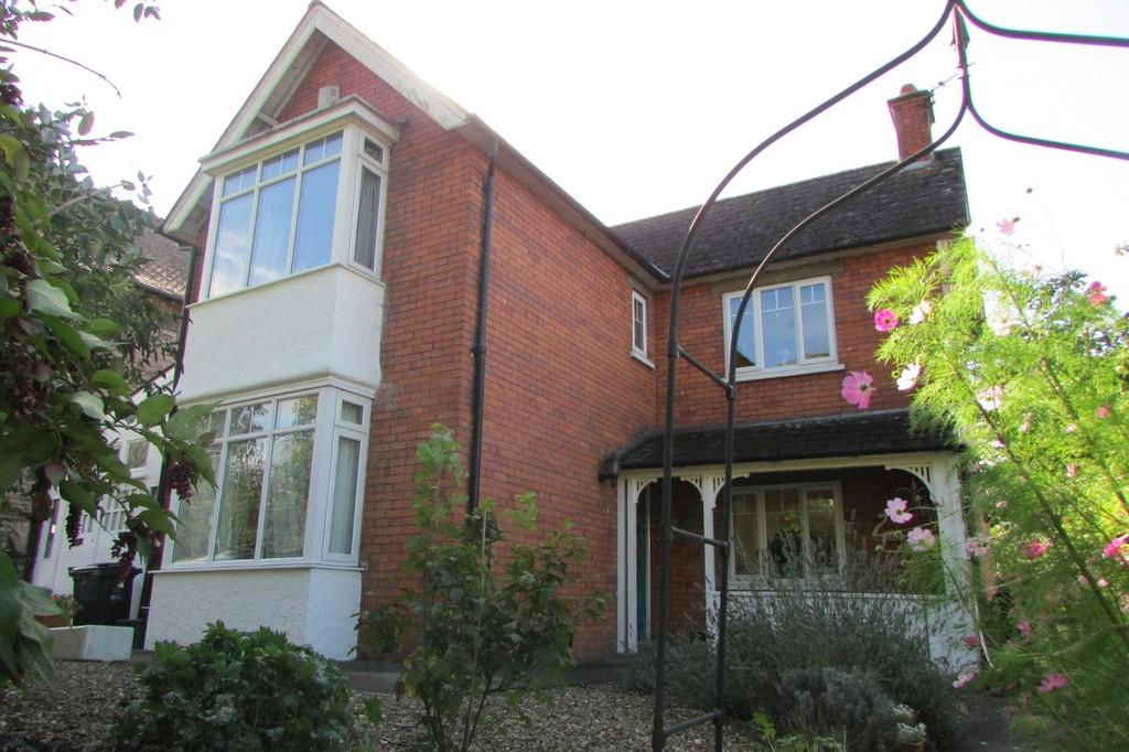 3 Bedrooms Detached House for sale in Fishers Hill, Glastonbury