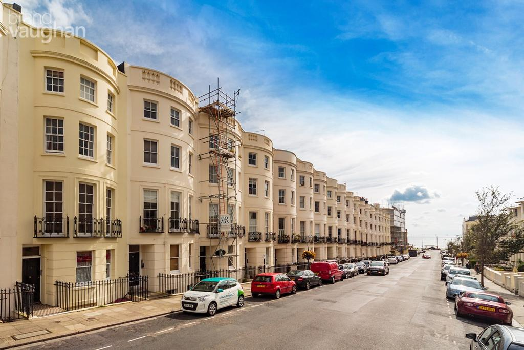 1 Bedroom Flat for sale in Lansdowne Place, Hove, BN3