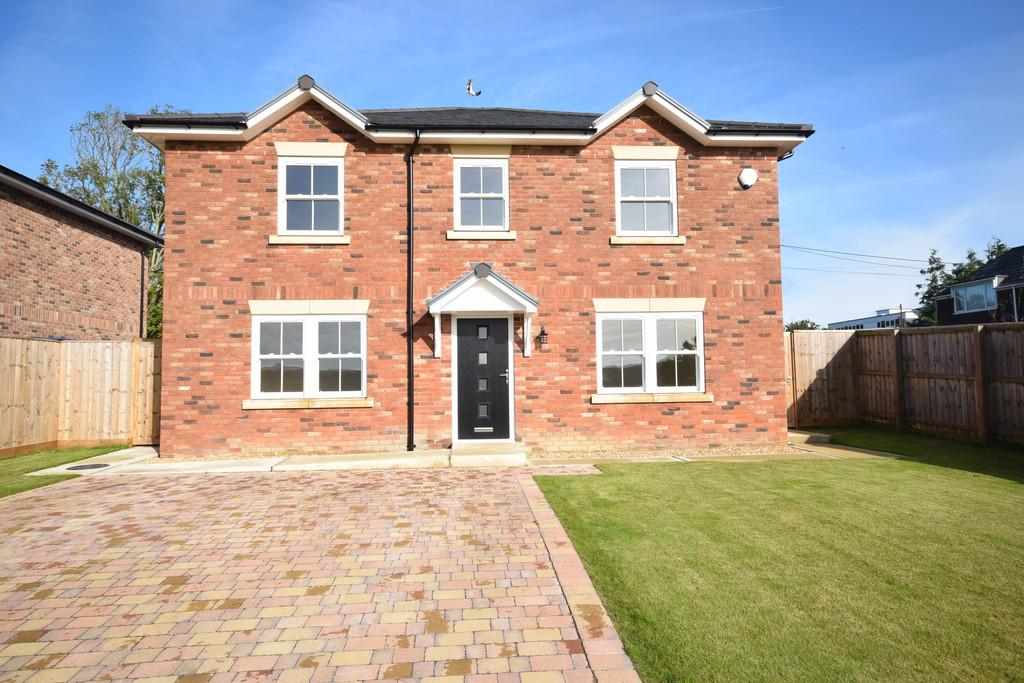 4 Bedrooms Detached House for sale in Worsley Road, Newport