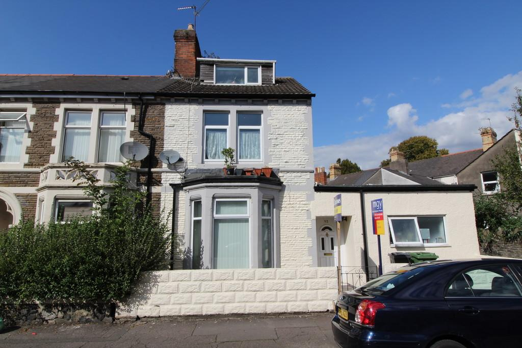 2 Bedrooms End Of Terrace House for sale in Penhevad Street, Grangetown, Cardiff