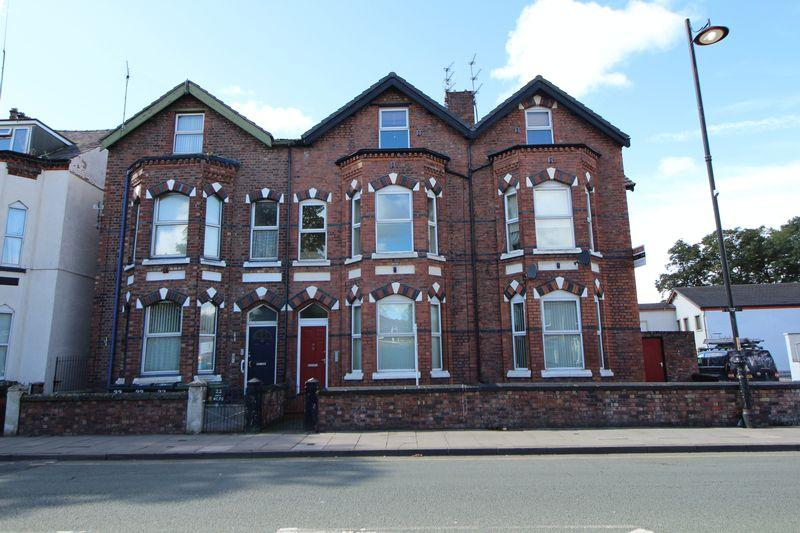 2 Bedrooms Apartment Flat for sale in New Chester Road, New Ferry