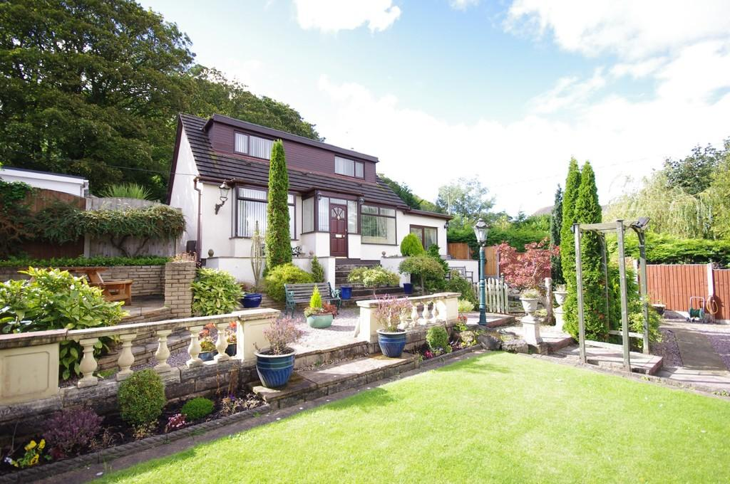 4 Bedrooms Detached House for sale in Llanasa Road, Gronant