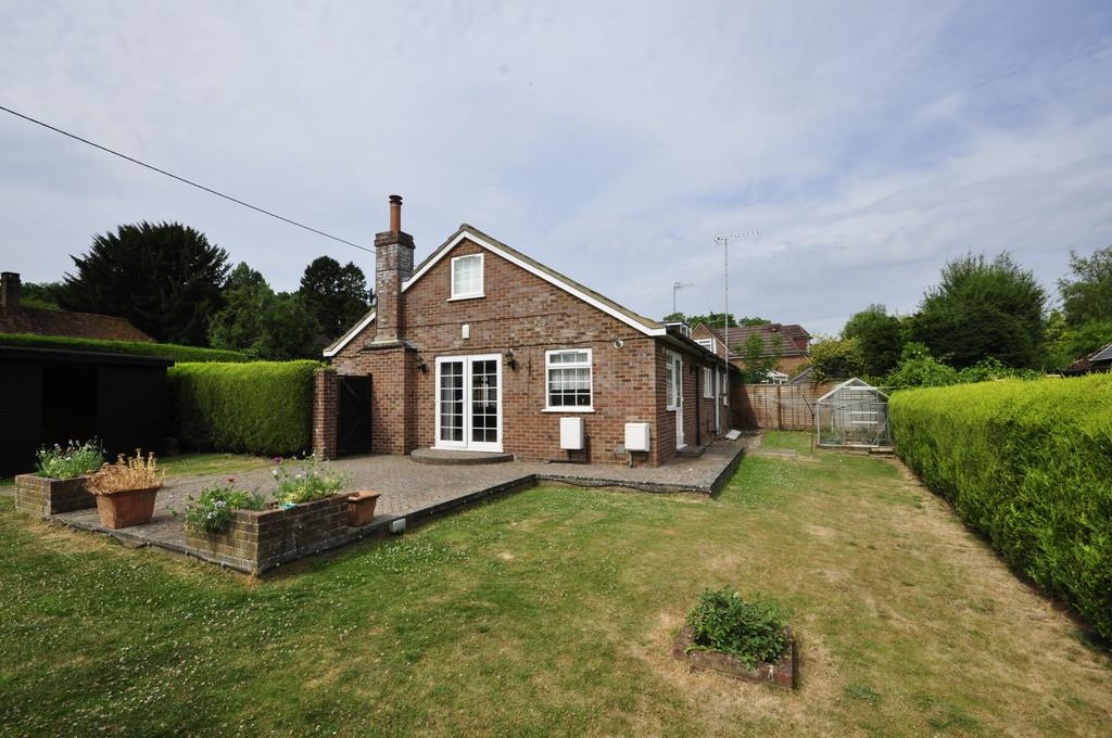 4 Bedrooms Chalet House for sale in Gasden Lane, Witley