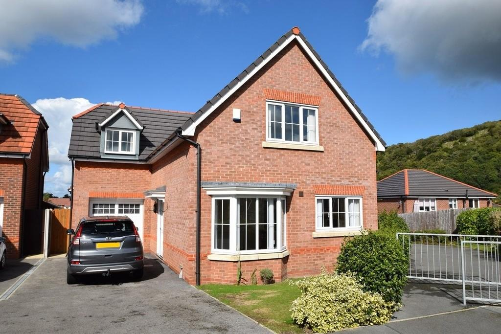 3 Bedrooms Detached House for sale in Glas Coed, Llandudno Junction