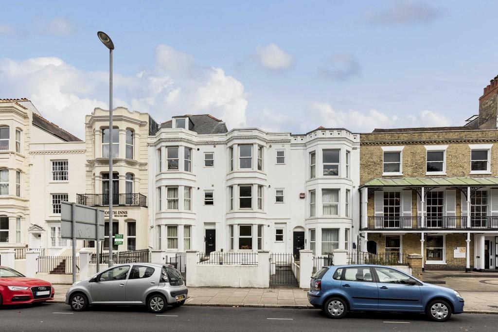1 Bedroom Flat for sale in Landport Terrace, Southsea