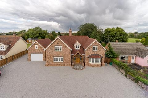5 bedroom detached house for sale - Panfield, Braintree