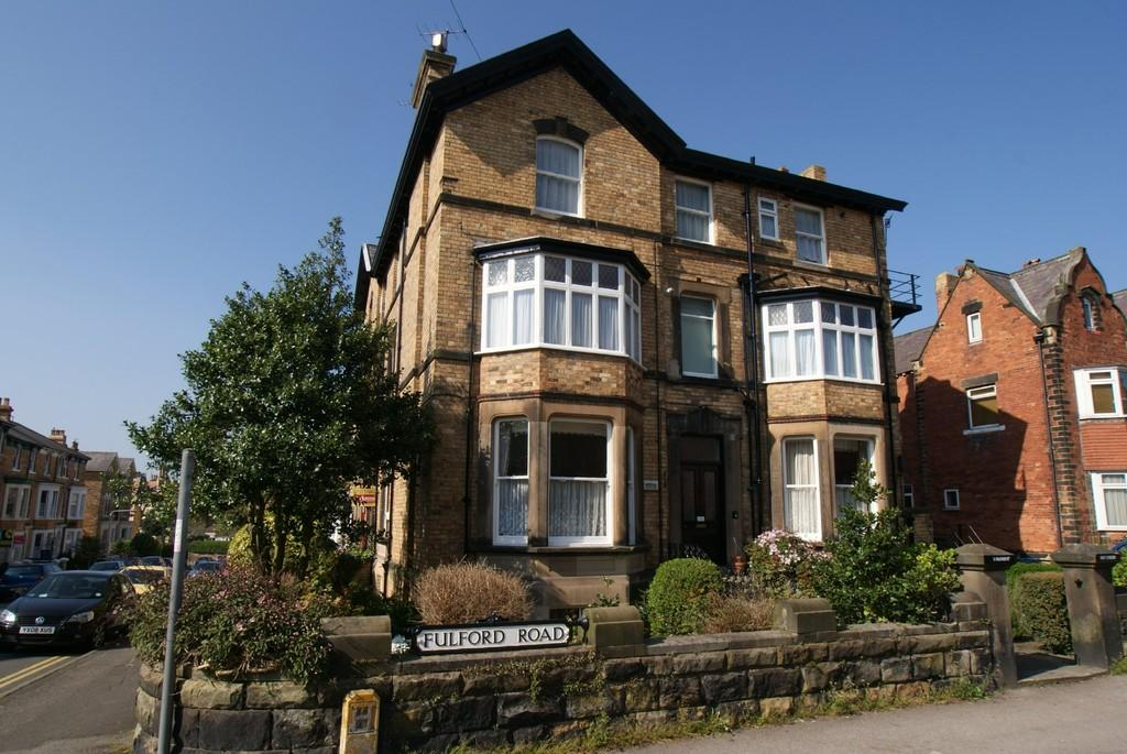 2 Bedrooms Apartment Flat for sale in Fulford Road, Scarborough