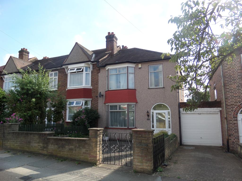 3 Bedrooms End Of Terrace House for sale in Thornsbeach Road, London