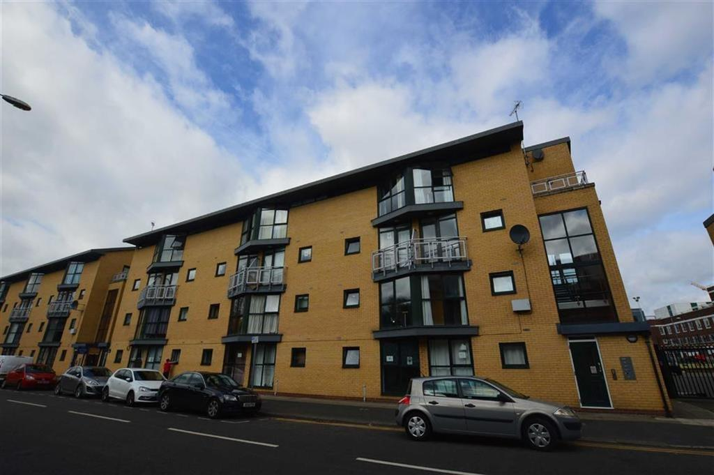 2 Bedrooms Duplex Flat for sale in Burlington Street, Hulme, M15