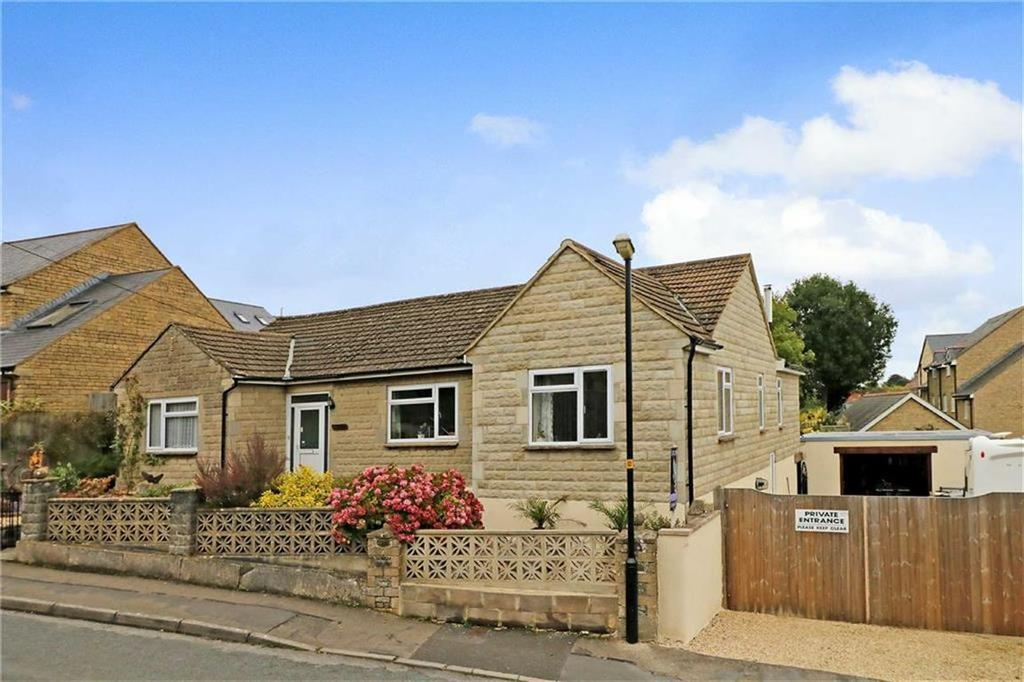 3 Bedrooms Detached Bungalow for sale in Cartref, Bremilham Road, Malmesbury