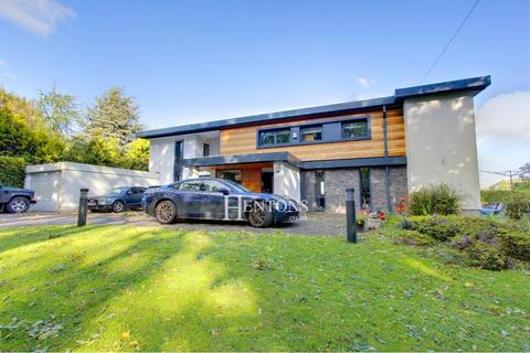 5 bedroom detached house to rent - Westminster Crescent, Cyncoed, Cardiff