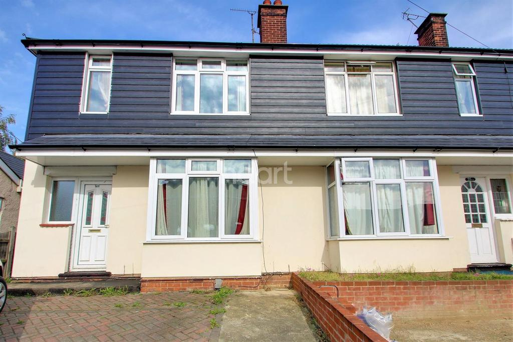 3 Bedrooms End Of Terrace House for sale in Greenstead road, Colchester
