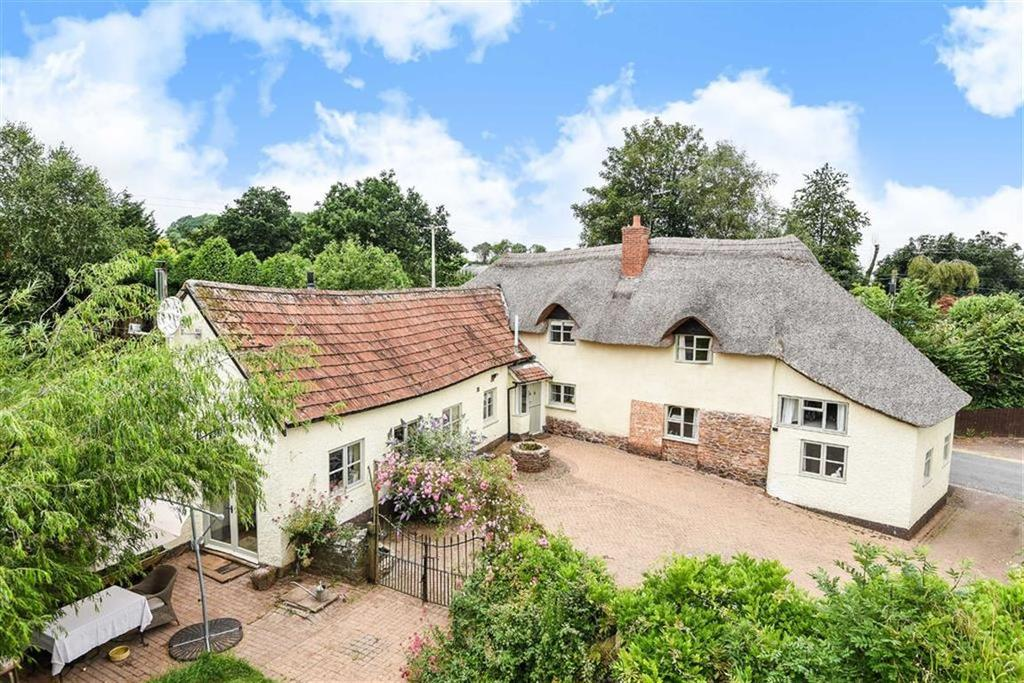 5 Bedrooms Detached House for sale in Brithem Bottom, Cullompton, Devon, EX15