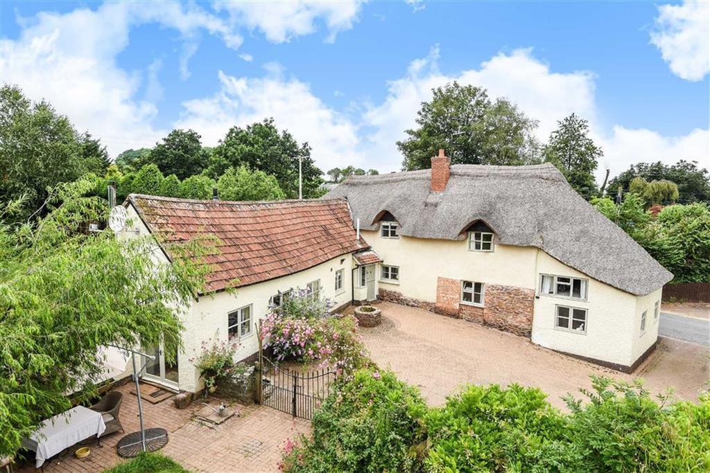 5 Bedrooms Detached House for sale in Brithem Bottom, Cullompton, Devon, EX15