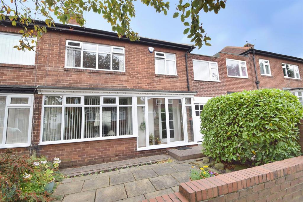 4 Bedrooms Semi Detached House for sale in Hazeldene, Monkseaton