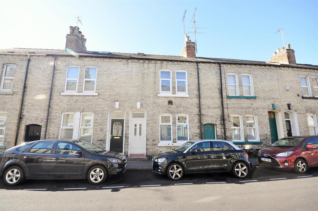 3 Bedrooms Terraced House for sale in Moss Street, York