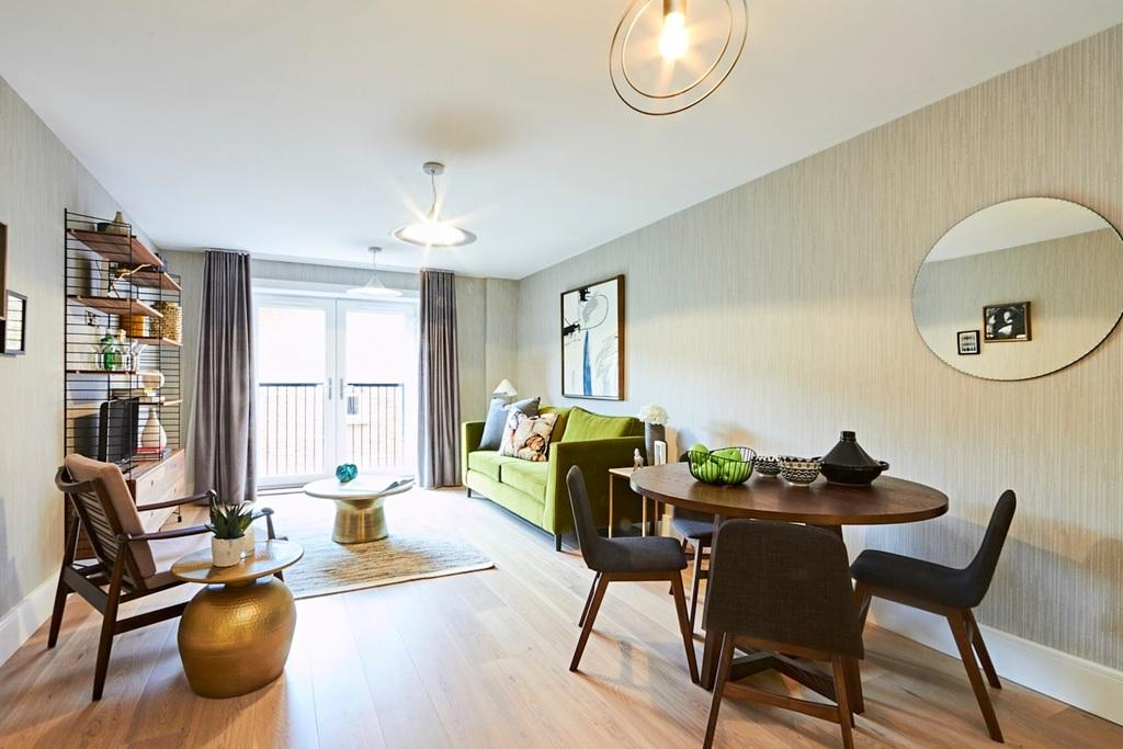 2 Bedrooms Apartment Flat for sale in Bute Gardens, Brook Green, London, W6