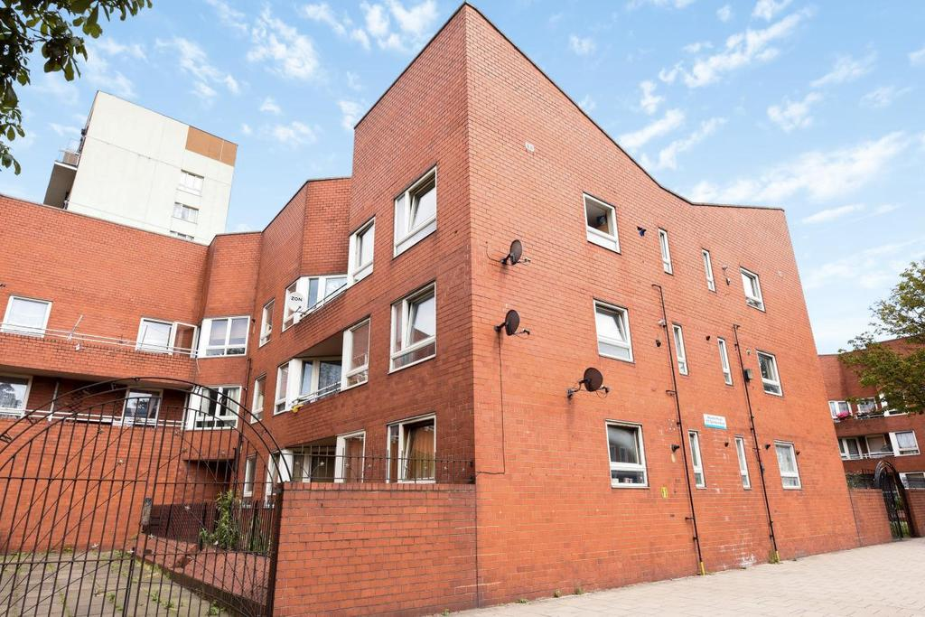 1 Bedroom Flat for sale in Old Kent Road, Bermondsey