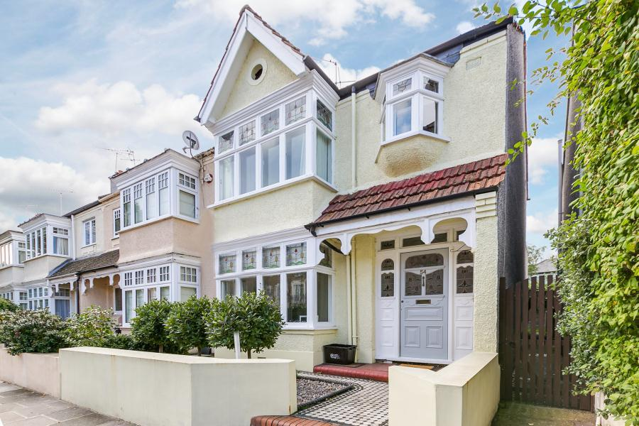 4 Bedrooms End Of Terrace House for sale in Cambridge Road, East Twickenham