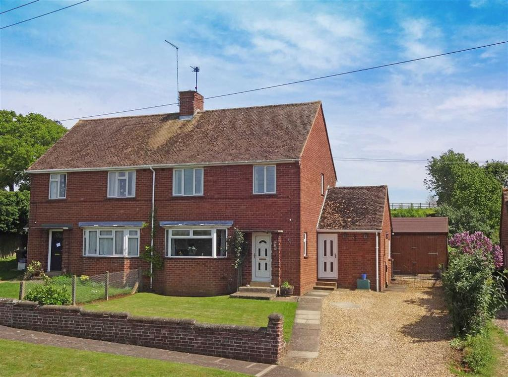 3 Bedrooms Semi Detached House for sale in Main Street, Church Stowe