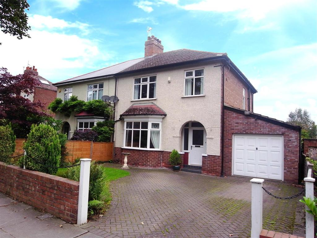 3 Bedrooms Semi Detached House for sale in Coniscliffe Road, Darlington