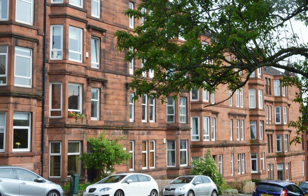 1 Bedroom Flat for sale in 1-3 34 Thornwood Avenue, Glasgow G11 7QY