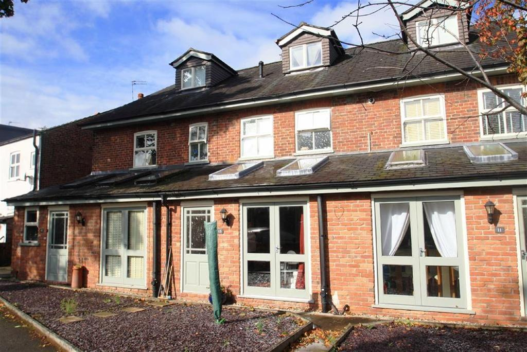 2 Bedrooms Terraced House for sale in Hawthorn Street, Wilmslow