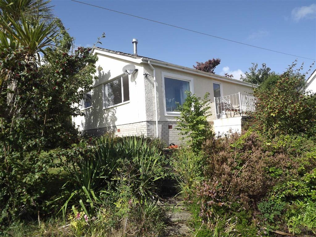 2 Bedrooms Detached Bungalow for sale in Fern Hill, Benllech, Anglesey