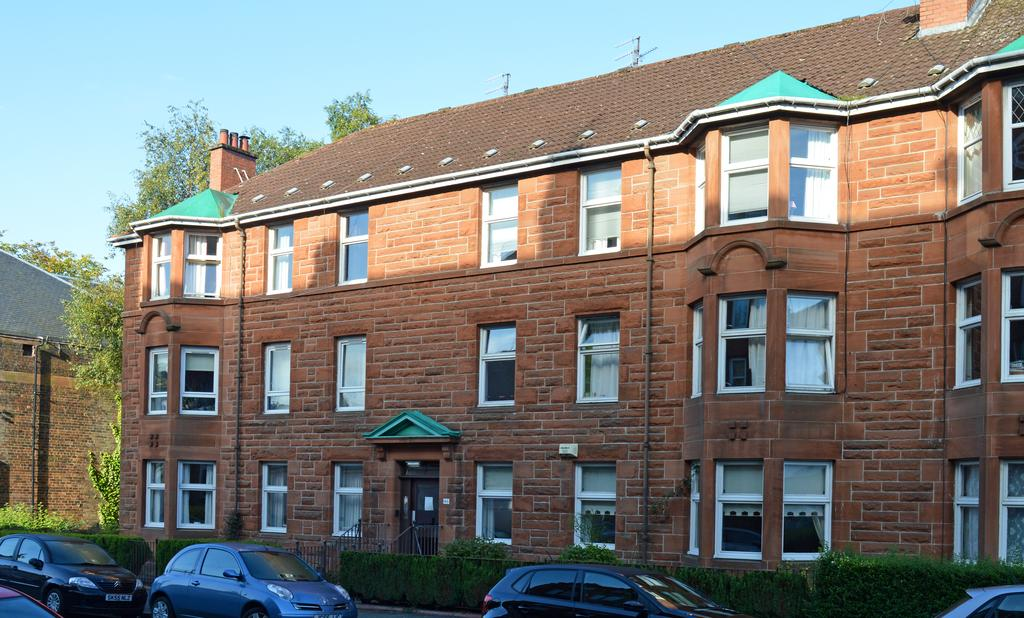 3 Bedrooms Flat for sale in 46 Frankfort Street, Glasgow G41