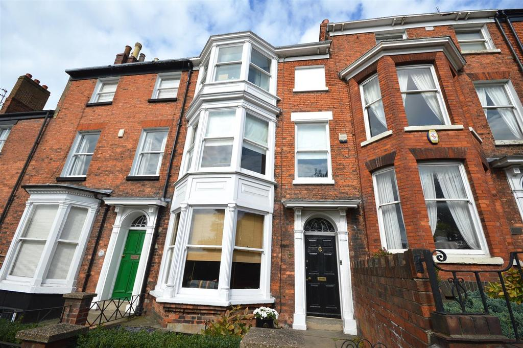 4 Bedrooms House for sale in Lindum Road, Lincoln