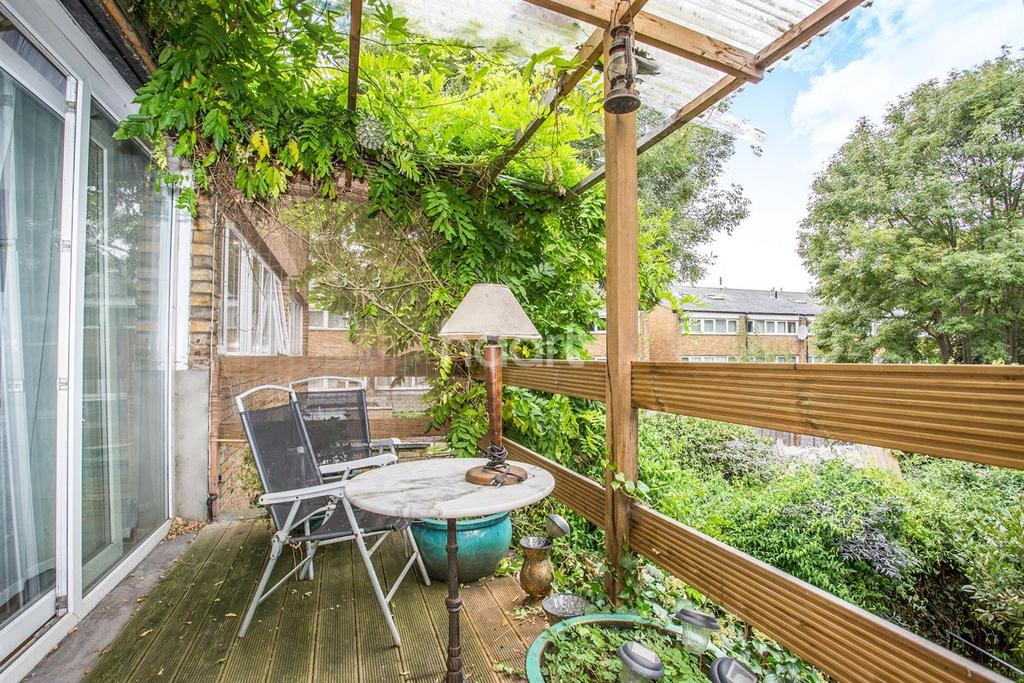 4 Bedrooms Terraced House for sale in St James's Crescent, Brixton, SW9
