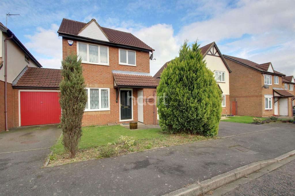 3 Bedrooms Detached House for sale in Family Fortunes On Farmbrook