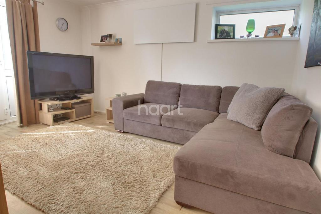 2 Bedrooms Flat for sale in Talbot Gardens, Plymouth