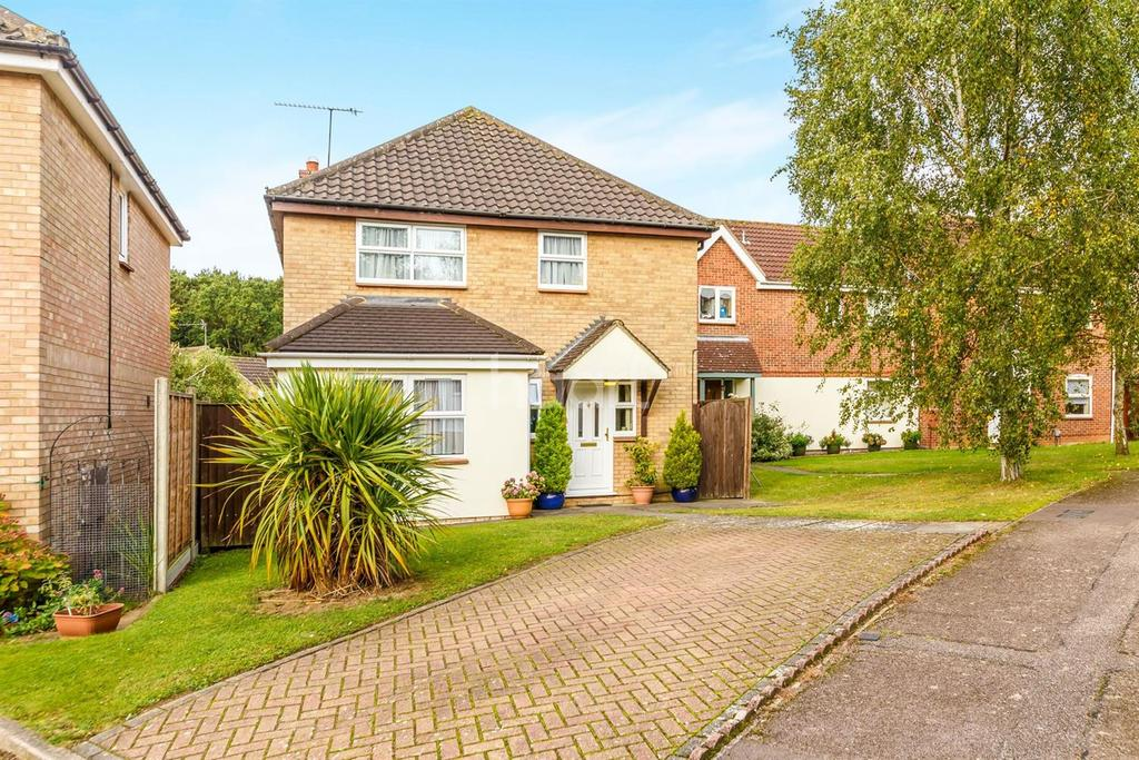 4 Bedrooms Detached House for sale in Beane Avenue, Chells Manor, Stevenage