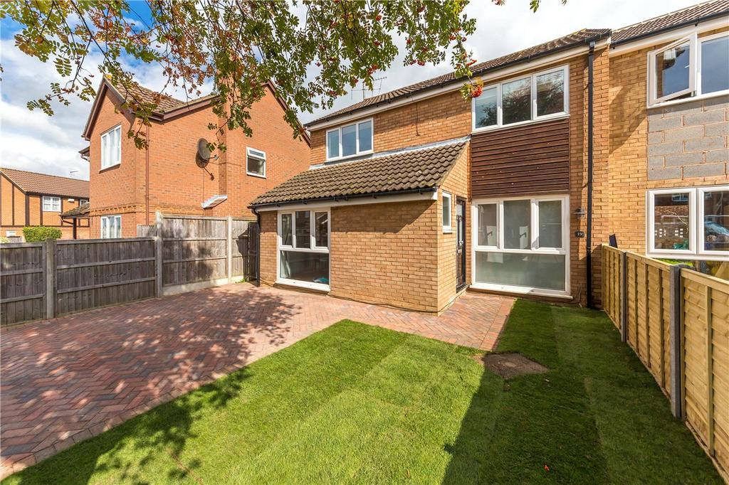4 Bedrooms Semi Detached House for sale in Cranbourne Drive, Harpenden, Hertfordshire
