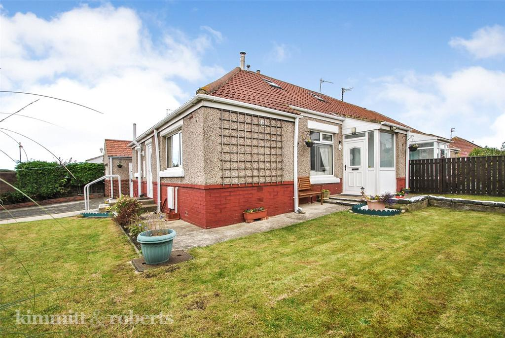 3 Bedrooms Semi Detached Bungalow for sale in Robert Square, Seaham, Co Durham, SR7