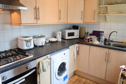 4 bedroom house share to rent - Kearsley Road, Sheffield S2